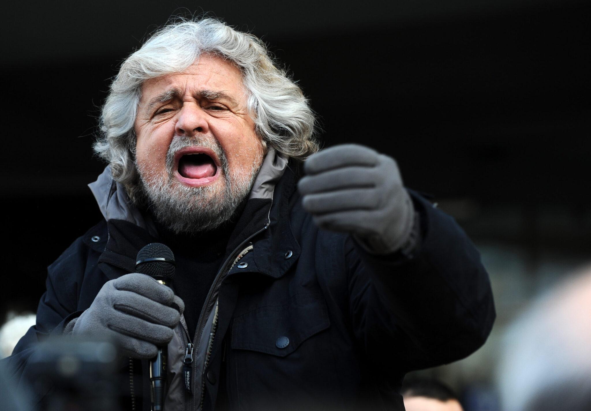 Anziani sempre più maltrattati<br>E Grillo vuole togliergli pure il diritto di voto