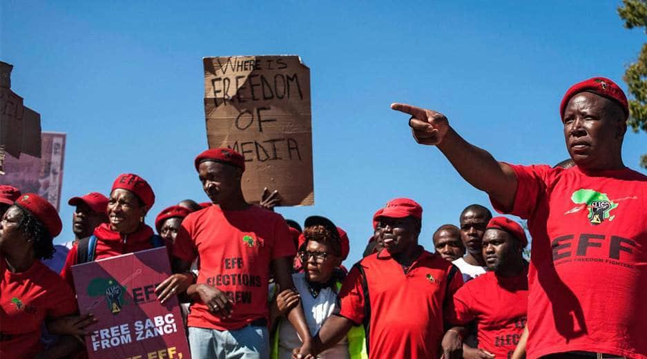 Il silenzioso sterminio dei bianchi in sudafrica<br>E la comunità internazionale finge di non vedere