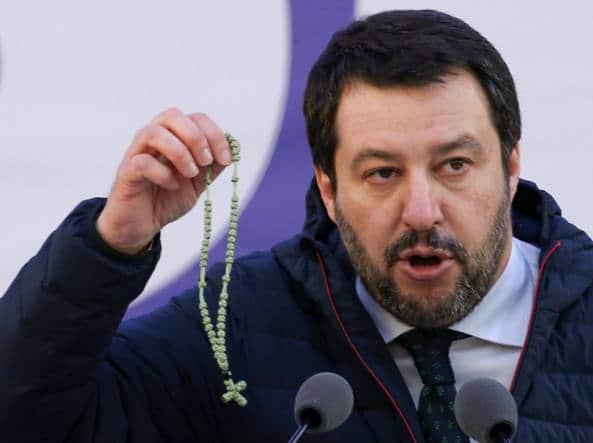 Salvini conquista i credenti<br>La Lega è il primo partito votato dai cattolici