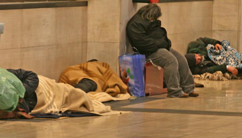 Se tutto andrà bene, saremo rovinati<br>Aumentano senzatetto e senza lavoro