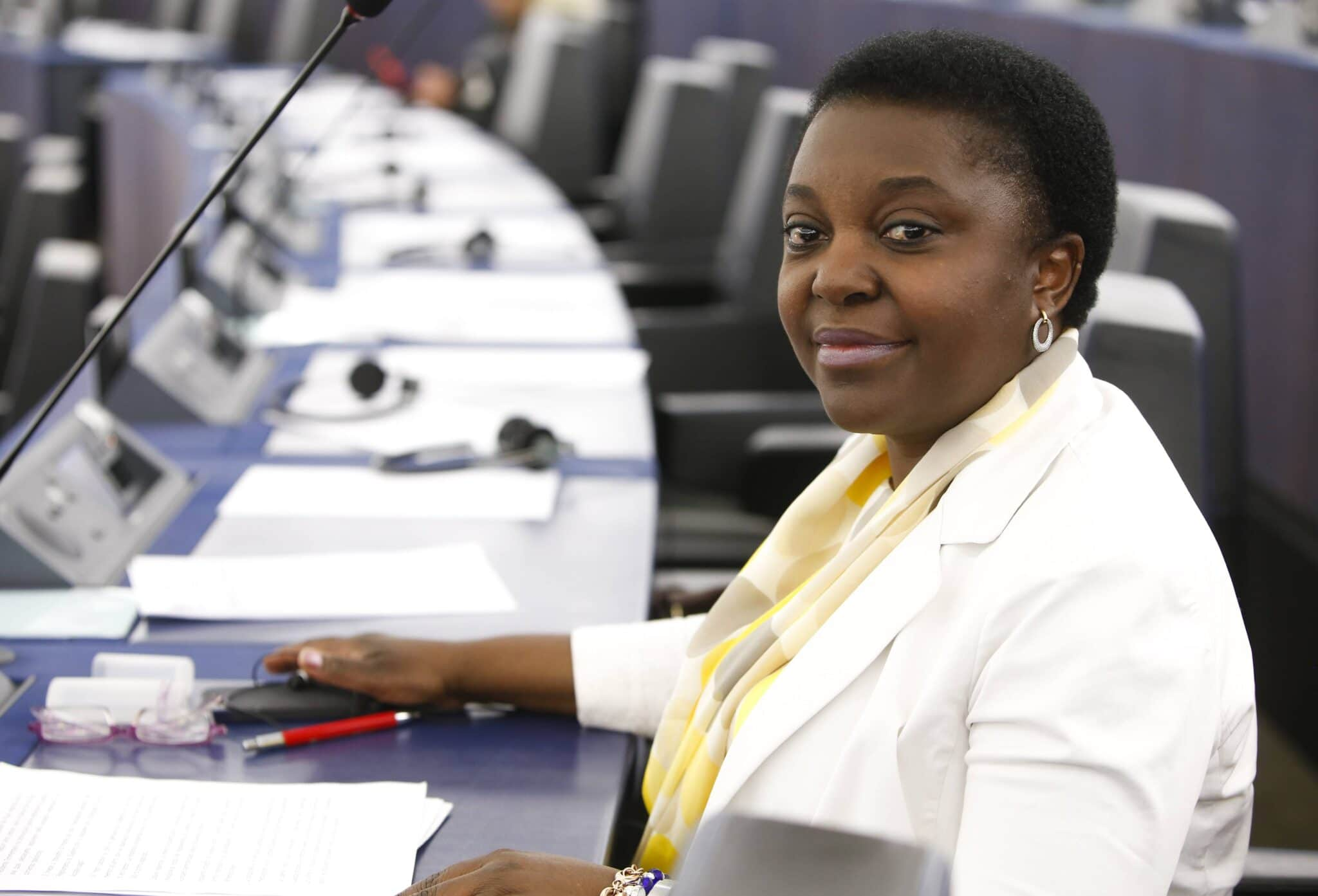 """Cécile perde la causa: """"negro"""" si può dire <br> E con """"sporco negro"""" non si ricade più nell'illecito penale <br> Ora sdoganiamo le altre parole vietate negli ultimi anni"""