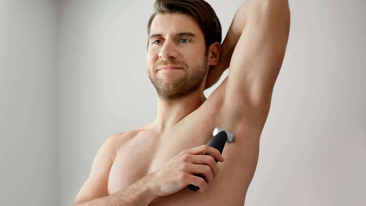 Gli italiani sono tra i maschi più depilati in Europa <br> La depilazione integrale è una mania, eppure una volta il pelo era simbolo di virilità <br> Ecco cosa ne pensano le donne