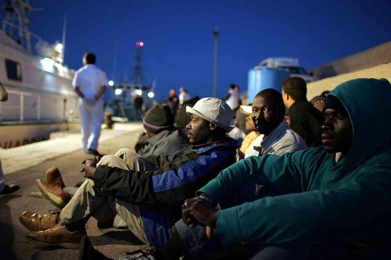 In tre giorni giunti 1328 migranti <br> Gli arrivi in massa sono incompatibili con le norme sul distanziamento sociale