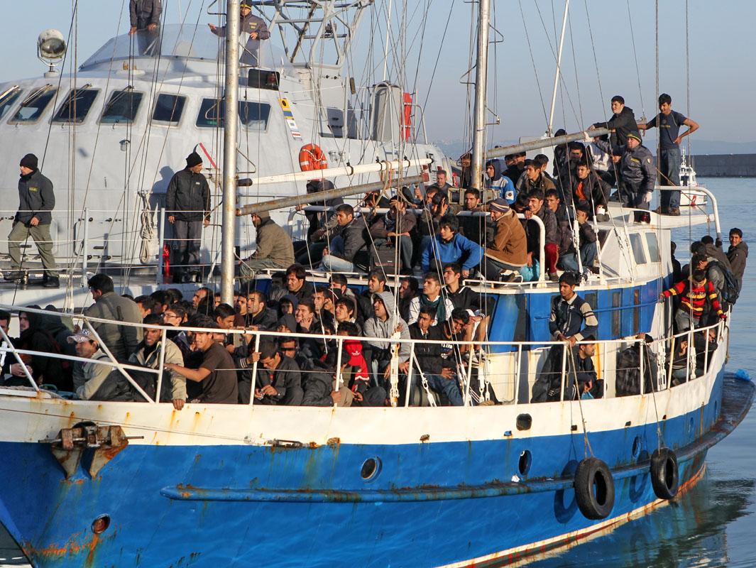 Accolti 1.137 migranti nei primi 10 giorni di luglio, solo ieri 395 nel silenzio generale <br> Secondo Stato di provenienza: Bangladesh <br> In 6 mesi quasi 9 mila sbarchi