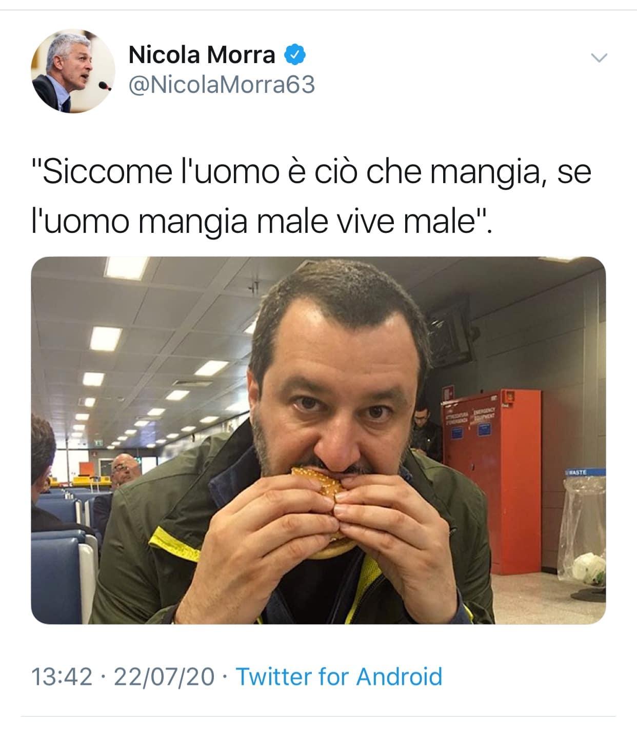 Nicola Morra deride Salvini su Twitter <br> Ma per divertirsi basta ricordare alcune esilaranti gaffe del grillino <br> Eccone qualcuna