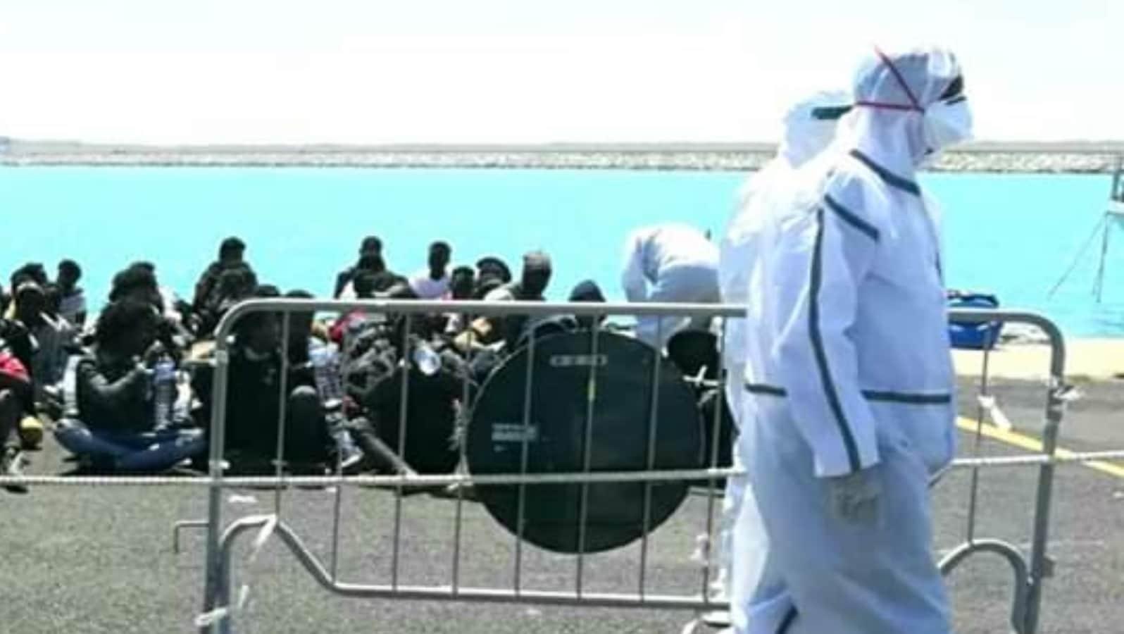 Dal primo gennaio accolti 17.604 migranti.<br> Persino durante il lockdown porti aperti a chiunque.