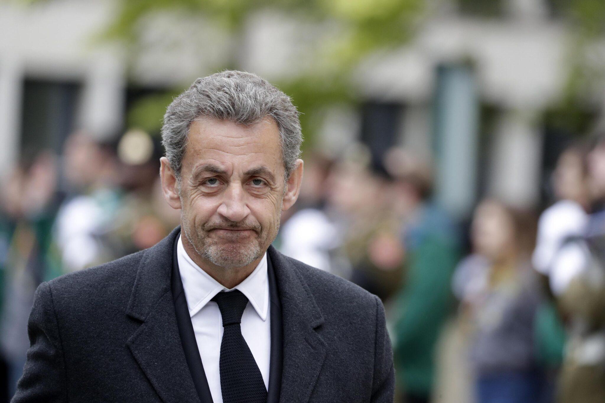 """Sarkozy accusato di razzismo: avrebbe accostato i neri alle scimmie.<br> La guerra alle parole infiamma l'Occidente, eppure fino a qualche anno fa """"negro"""" non era una parolaccia"""