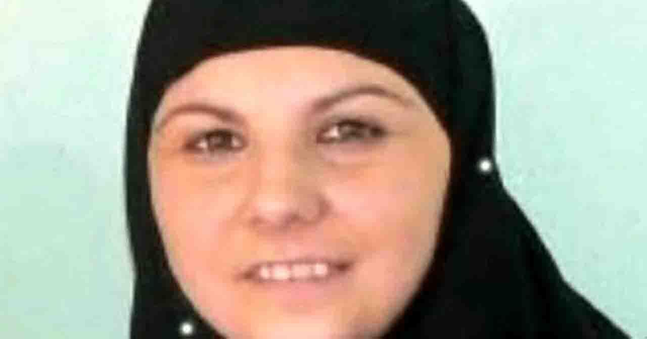 """Il ritorno di """"mamma Isis"""" Alice Brignoli non è affatto """"una storia allegra"""".<br> I suoi piccoli, addestrati in Siria a odiare e sterminare gli """"infedeli"""", vanno deradicalizzati.<br> Ecco chi sono le altre foreign fighters italiane"""