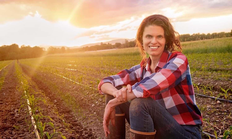Primato italiano nell'Ue: oltre 56 mila ragazzi sotto i 35 anni alla guida di imprese agricole.<br> I giovani sognano di fare i contadini.<br> Il ritorno alla campagna dovuto pure al lockdown