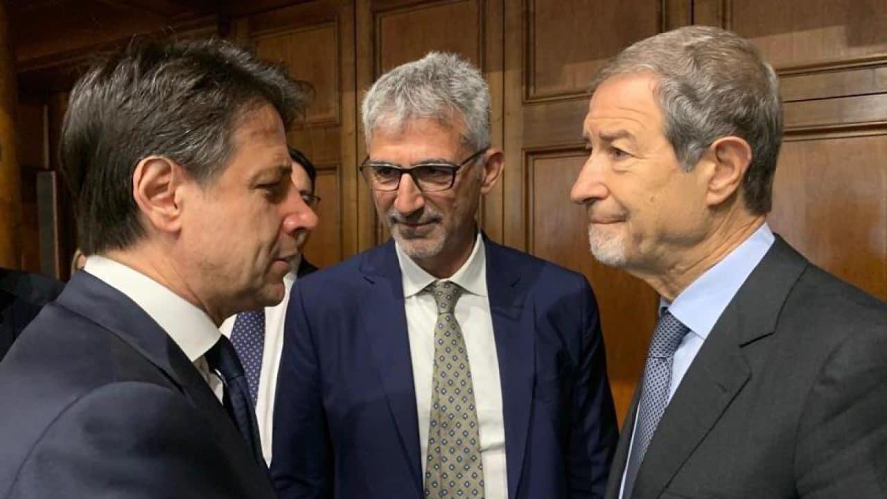 """Conte vuole la proroga dello stato di emergenza ma dice che a Lampedusa non c'è nessuna emergenza.<br> Musumeci: """"Esecutivo sottovaluta il pericolo"""""""