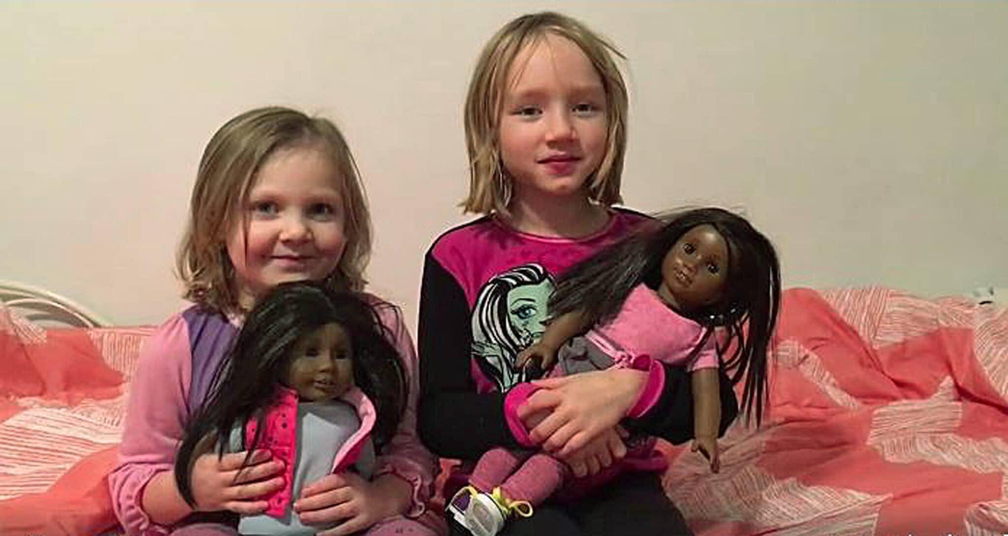 L'ossessione delle mamme tedesche: giocare con una bambola bianca renderà mia figlia razzista? <br> Schizofrenie del politically correct