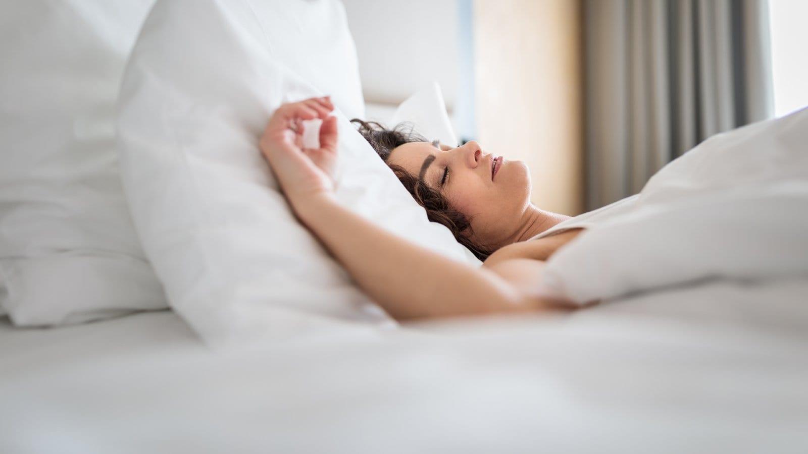 Lo facciamo per circa 230 mila ore nell'arco della vita, ma metà degli italiani dorme male. Eppure il sonno è una medicina miracolosa.<br> Ecco le regole per sogni d'oro