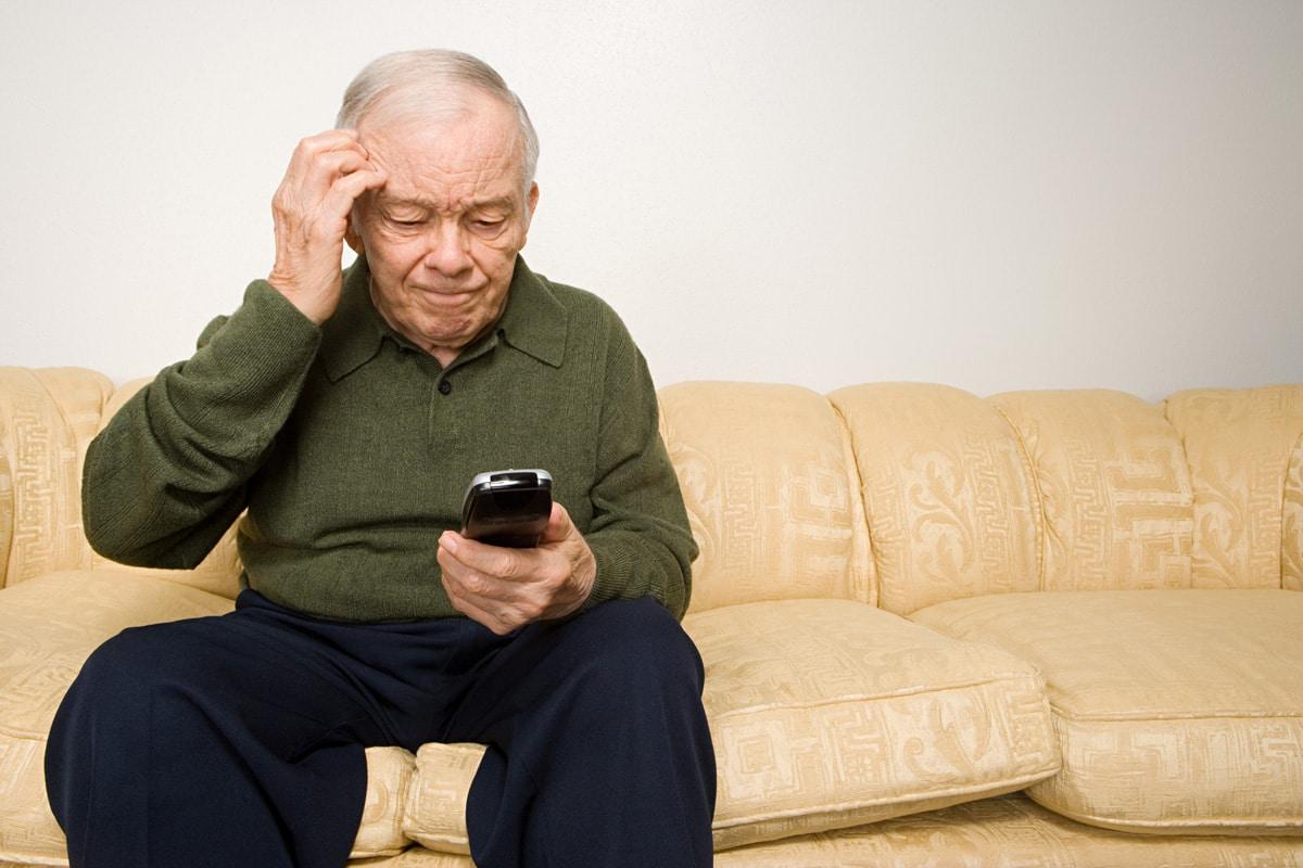 Non è un Paese per vecchi. Istat: quasi 3 milioni di anziani soli, poveri e infermi. La colpa è pure della sinistra che odia i nonni
