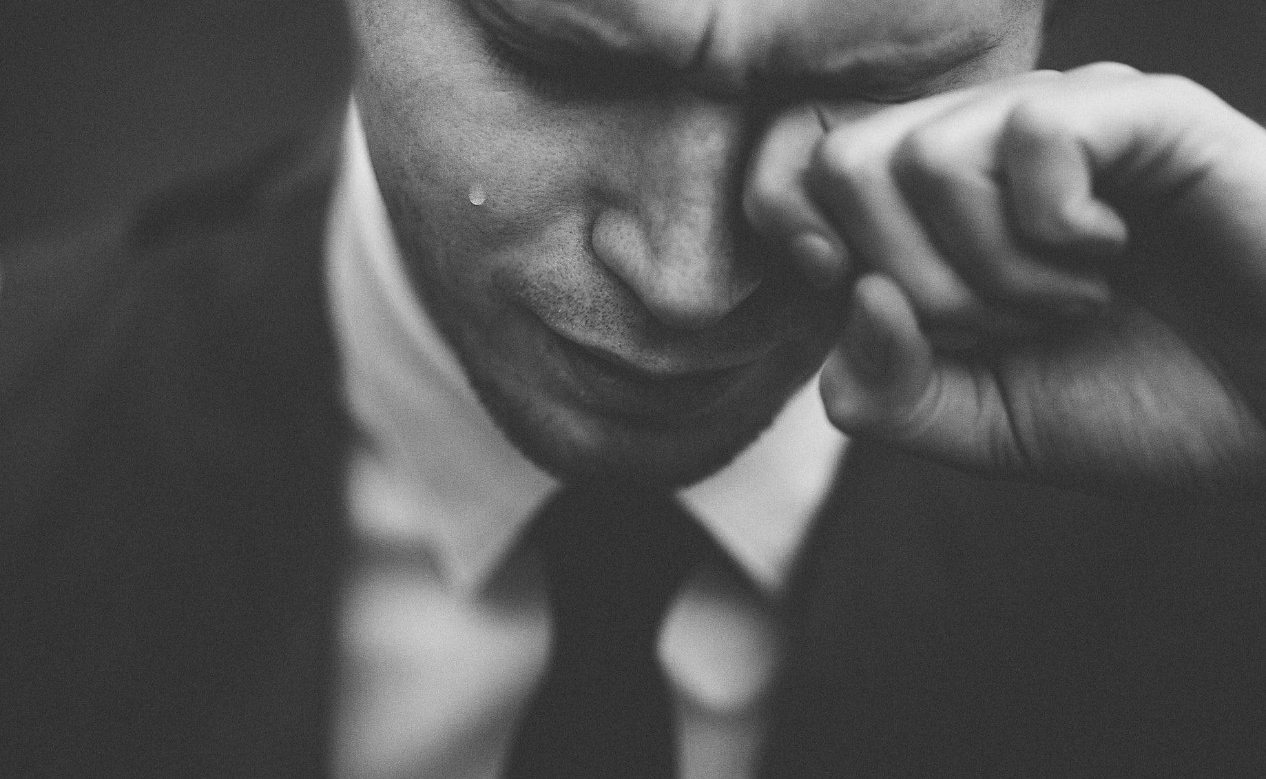Essere emotivi non è più un tabù, ma non lo siamo ancora abbastanza. <br>Se piangi non sei fragile